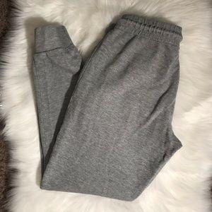 Xcelsius Active Woman's Gray Jogger's Size M